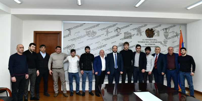 RA Minister of Education, Science, Culture and Sports Arayik Harutyunyan Receives the Winners of the European Wrestling Championships