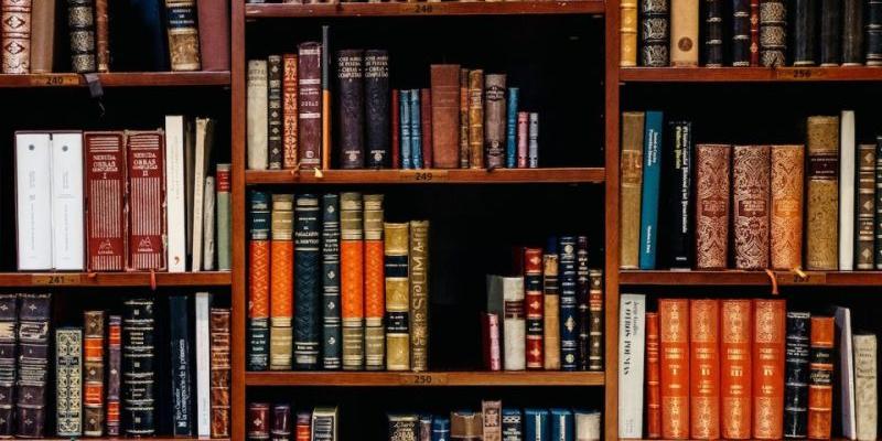 ՀՀ պարետի 2020 թվականի օգոստոսի 18-ի N 253 որոշման համաձայն` սահմանվել են կանոններ նոր կորոնավիրուսային հիվանդության (covid-19) պայմաններում գրադարանների և թանգարանների գործունեության համար