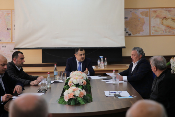 ESCS Deputy Minister Karen Giloyan visits Yerevan State Sports College of Olympic Reserve