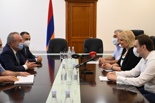 """""""The vibes of this victory will be transferred to other fields as well"""" Vahram Dumanyan receives Elina Danielyan"""