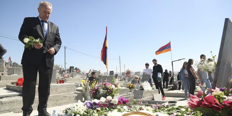 Ваграм Думанян принял участие в церемонии открытия Хачкара, посвященного памяти героев 44-дневной войны в Арцахе и посетил «Ераблур»