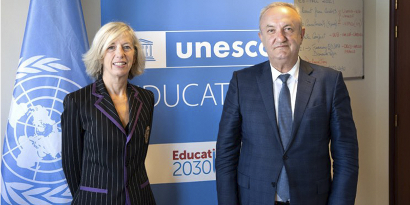 RA ESCS Minister Vahram Dumanyan meets with UNESCO Assistant Director-General for Education Stefania Giannini