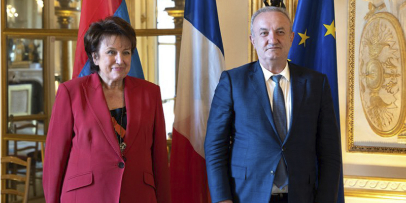 RA ESCS Minister Vahram Dumanyan has a meeting with the Minister of Culture of the Republic of France Roselyne Bachelot